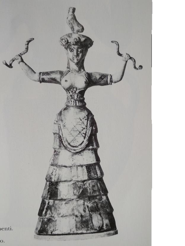 Palazzo di Cnosso. Figura femminile a petto scoperto e braccia allargate con serpenti: la divinità, a domande e semplici risposte, esclama così io vi posso uccidere.
